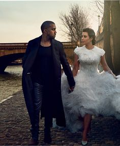 Kim Kardashian and Kanye West, by Annie Leibovitz for Vogue 2014