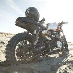 Borrowed pic from the boys over at @british_customs dug in deep by biltwell http://ift.tt/1ANxhND