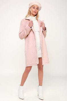 0f85ecf84e5 LOOKIN  FAB BLUSH FAUX FUR COAT. Pink FashionFashion ...