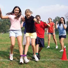Classic Family Fun Activity School Events Gym Class Field Days 6-pack Birthday Parties Three-Legged Race Team Relay Ties Competitions Six Colorful Nylon Bands for Three-Leg Outdoor Games