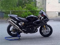 Very clean custom TL1000S with braced swing arm and radial brakes