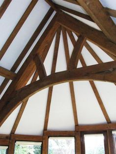 Central arch brace truss in a curved extension. Roof Trusses, Conservatory, Joinery, Apartment Ideas, Beams, Extensions, Cottage, Traditional, Architecture