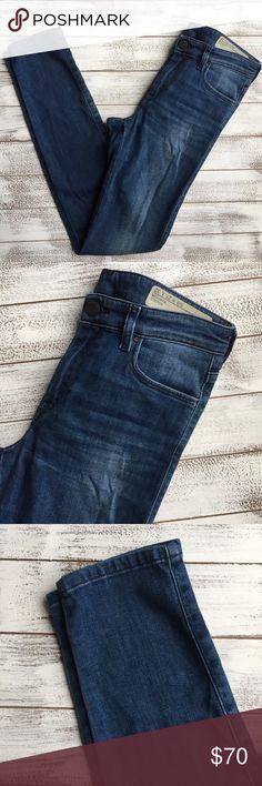 "ONE HOUR 💥 DIESEL SKINNY JEANS 🇮🇹 DIESEL super slim-skinny jeans. Regular waist. Size 27. Made in Italy. Excellent condition.  Waist 14"" Inseam 30.5"" Length 39"" Diesel Jeans Skinny"