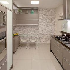 cozinha armario cinza puxador aluminio papel de parede copa