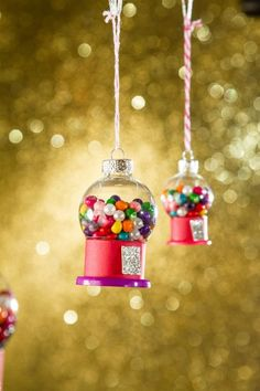 Adorable DIY gumball ornament. See 25 super creative DIY ornaments on www.prettymyparty.com.