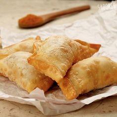 Deleita a tus invitados con estas mini empanadas fritas de camarón queso!