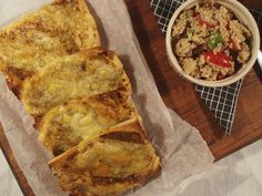 Kvinoasalaatti, kanelijogurtti ja pestochiapatta // At Maria's