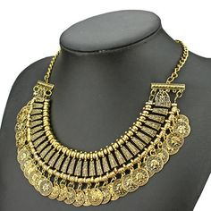 Brand new 2014 vintage jewelry necklaces ethnic carving flowers round letter gold / silver coin tassels Choker Necklaces
