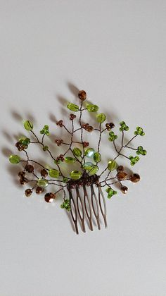 Green and bronze wired beaded hair comb