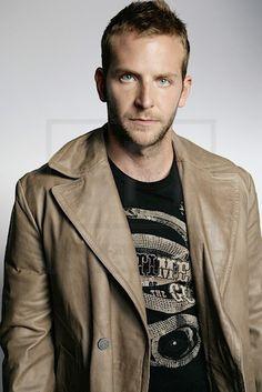 Bradley-Cooper-Pictures-2012.jpg (434×650)