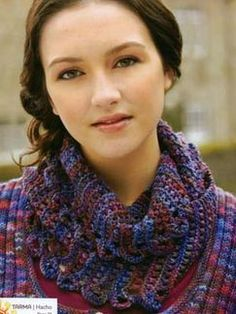 Great knit cowl takes just 2 hanks of Mirasol Hacho yarn.