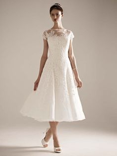 Incredible Wedding Dresses for Under $1000 - Oleg Cassini Tea Length Gown