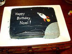 Noel's rocket birthday cake by atwoodkr, via Flickr
