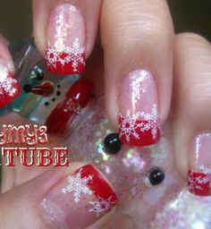Christmas Nail Art #1 check out www.MyNailPolishObsession.com for more nail art ideas.