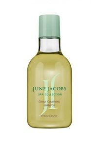 Need the best shampoo for oily hair? You will find the best shampoos here in this page. Top 10 best shampoos for greasy oily hair. Clarifying Shampoo, Dry Shampoo, Oily Hair Remedies, Best Face Products, Hair Products, Best Shampoos, Best Essential Oils, How To Squeeze Lemons, Face Cleanser