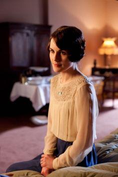 Lady Mary Crawley. Pensive