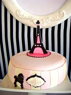Barbie in Paris party #barbieparis #cake