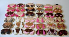 OMG! I love these!!! Bra cookies- cute for a breast cancer bake sale