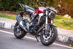Lakhs (Ex-Showroom Bangalore), the is a neat motorcycle with great overall fit and finish. It is a handsome looking, matured single cylinder 300 cc motorcycle. Honda Cb, Honda Motorcycles, Cars And Motorcycles, Cb 300, City Road, Picsart Background, Cbr, Dream Catcher, How To Look Better