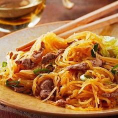 Stir Fry Recipes, Pork Recipes, Healthy Recipes, Healthy Dishes, Eat Healthy, Yummy Recipes, Pork Stir Fry, Spaghetti Squash Recipes, Nutrition Tips