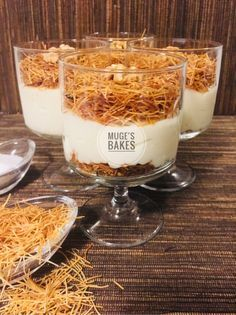 Vanillepudding Vanillepudding – Nefis Yemek Tarifleri – Join the world of pin Arabic Food, Dessert Recipes, Desserts, Confectionery, Food And Drink, Appetizers, Sweets, Cooking, Breakfast
