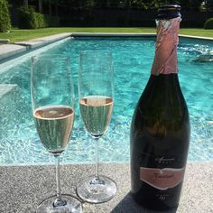 Keep #summer with you all year long with #Fantinel #OneAndOnly #Rosè #Glasses #Sparkling #RoseWine #Brut #Fizz #RoseAllDay #Wine #WineTime #WineLover #Bubbles #SwimmingPool #water #Garden #Sun #Hot #Relax #Chilling #LifeIsGood #HappyMoments