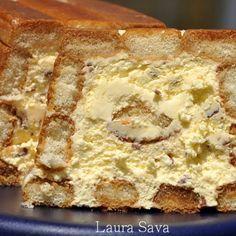 Tort cu crema de mac si jeleu de fructe de padure | Retete culinare cu Laura Sava - Cele mai bune retete pentru intreaga familie Cannoli, 30 Minute Meals, Tiramisu, Sweet Bread, Banana Bread, Oreo, Cheesecake, Food And Drink, Homemade