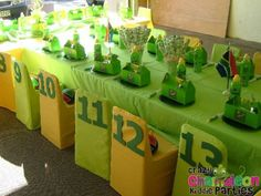 rugby party ideas - Google Search Teenage Boy Birthday, Boy Birthday Parties, 5th Birthday, Birthday Cakes, Birthday Ideas, Rugby Cake, Party Themes, Party Ideas, Sports Party