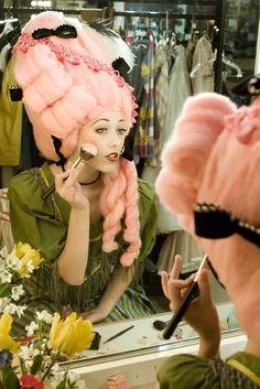 Baroque http://baroque-ladies.tumblr.com/ idea for hair