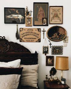 Dark Home Decor, Goth Home Decor, Deco Studio, Gothic Bedroom, Gothic House, House Rooms, Decoration, Bedroom Decor, Instagram