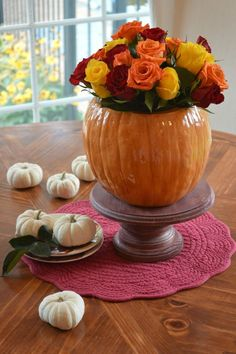 Pumpkin Cookie Jar Vase Or Planter Easy DIY from a thrift store or yard sale cookie jar. Just add a vase or dirt and a few bloom for an outstanding fall centerpiece. Pumpkin Vase, Pumpkin Flower, Diy Pumpkin, Pumpkin Crafts, Pumpkin Cookies, Pumpkin Carving, Fall Crafts, Glass Pumpkins, Fall Pumpkins