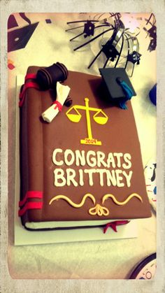 Law School Graduation Cake! Graduation Cake Pops, Graduation Theme, Graduation Cookies, Graduation Cap Decoration, Christmas Couple, Christmas Tree Farm, Lawyer Cake, College Graduation Pictures, Grad Parties