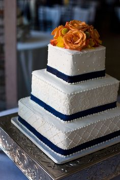 navy and orange wedding | Navy and orange wedding cake | LET THEM EAT CAKE!