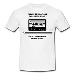 Audio Tape Stift Pencil Relationship T-skjorte | Spreadshirt | ID: 20701403