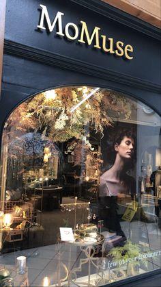 Spring Windows Irish Design, Diamond Settings, Geometric Shapes, This Is Us, Windows, Table Decorations, Spring, Jewelry, Jewlery
