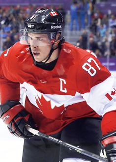 Sidney Crosby playing at #Sochi2014! Amazing player, don't you think? Love him! #WeAreWinter