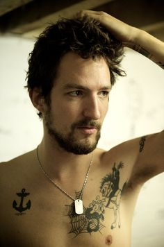 Frank Turner - to say I love this man is a ridiculous understatement  But for real. Marry me.