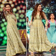 The Stunning Mahira Khan wearing a Ganga Jamni Anarkali at her debut performance…
