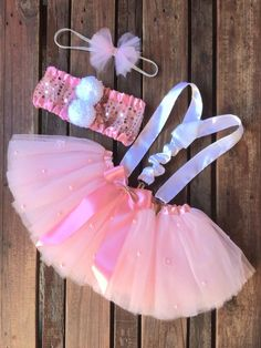 Halloween Costumes For 3, Halloween Decorations, Tutu Diy, Rave Outfits, Kids Outfits, Kids Blouse Designs, Baby Boutique Clothing, Fantasias Halloween, Tutus For Girls