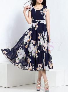 Vintage Dresses Blue - Shop Stylish Big Hem Print Nipped Waist Maxi Dress at EZPOPSY. Modest Dresses, Stylish Dresses, Cute Dresses, Fashion Dresses, Summer Dresses, Maxi Dresses, Event Dresses, Emo Fashion, Cheap Dresses