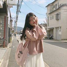 Look at this Gorgeous korean fashion ideas Ulzzang Girl Fashion, Korean Girl Fashion, Ulzzang Korean Girl, Cute Korean Girl, Korean Fashion Trends, Korea Fashion, Cute Fashion, Look Fashion, Asian Girl
