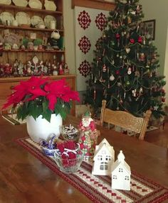 Quilts In The Barn: Its beginning to look like Christmas!