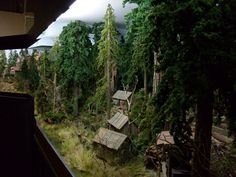 moose_036.jpg (large) - http://www.nmra.org.au/Layout_Tours/Charging%20Moose/target35.html