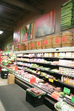 Grocery Display | Ashley Cole Design