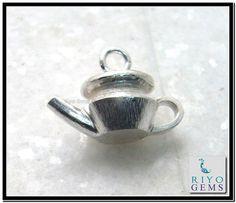 Plain Silver Pendant Riyo Gems www.riyogems.com