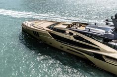 Palmer Johnson Superyachts was founded in 1918 and became one of the best American yacht builders with a futuristic design and revolutionary materials. Yacht For Sale, Boats For Sale, Luxury Yachts, Luxury Cars, Palmer Johnson Yachts, Boat Brands, Assurance Auto, Yacht Builders, Yacht Broker