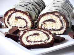 Cheese and chocolate roll. - News - Bubblews Muffin, Good Food, Favorite Recipes, Sweets, Cheese, Cookies, Breakfast, Chocolate Roll, Tablescapes