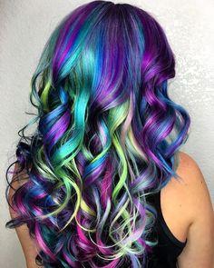 10 Amazing mermaid hair colour ideas – My hair and beauty Cute Hair Colors, Pretty Hair Color, Beautiful Hair Color, Hair Dye Colors, Hair Colour, Natural Hair Styles, Long Hair Styles, Pinterest Hair, Bright Hair