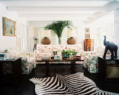Beach Colonial Tropical Living Room: A floral couch and armchairs and a zebra rug in a living space. Living Room Photos, My Living Room, Living Area, Living Spaces, Interior Design Living Room, Living Room Designs, Design Interiors, Floral Couch, Beach House Tour