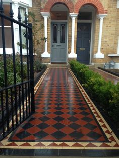 Brixton Herne Hill Victorian Mosaic Tile Path black and red tile with York stone pier cap entrance stone and imperial yellow brick London stock wall. Victorian Homes Exterior, Victorian Front Doors, Red Tiles, Mosaic Tiles, Path Design, Garden Design, Victorian Mosaic Tile, Porch Tile, Front Path